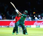 Pakistan ride Imam ton, Wasim cameo to post 315/9