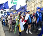 Thousands hit London streets in 'final say' Brexit protest