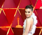 Hailee Steinfeld to star in 'Voicemails for Isabelle'
