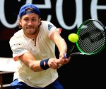 Pouille seals spot in last 4 of Australian Open with 4-set victory vs Raonic