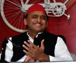 After Nyas, now VHP criticises Akhilesh for Kannauj attack
