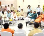 Yogi hosts lunch for newly elected BJP MPs from UP