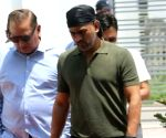 Dhoni in Jaipur, sporting new look