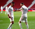 Madrid derby ends in draw, Barcelona win