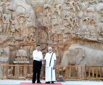 Modi guides Xi around Mahabalipuram, offers Tamil delicacies