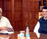 Maharashtra CM meets Gajendra Singh Shekhawat