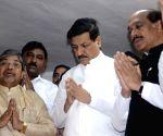 Maharashtra Chief Minister Prithviraj Chavan pays tribute to Bhimrao Ramji Ambedkar on his death anniversary