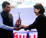 Devendra Fadnavis with Safra Catz at Oracle Open World Convention