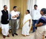 Kamal Haasan meets Mamata Banerjee