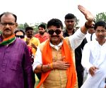 Bengal wants Modi to contest from there: Vijayvargiya