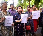 Man assaults 2 female doctors of Safdarjung, case registered