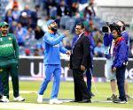 Sarfaraz trolled for not paying heed to Imran's advice