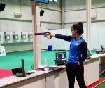 China takes mixed air pistol gold, as Chaudhary-Manu pair disappoints (Ld)