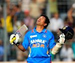 Tendulkar bats for doing away with 'Umpire's Call' in DRS