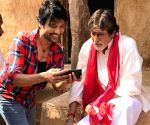 Hope issue with Big B is settled soon: SJ Suryah
