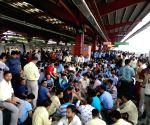 Metro railway employees' sit-in demonstration