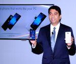 Microsoft launches Lumia 950 and 950 XL