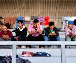 5,000 migrants gather at Mexican border