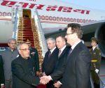 Minsk (Belarus): President Mukherjee arrives in  Belarus