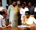 Raj Thackeray meets BMC Commissioner