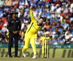 Maxwell set right example by taking a break: Kohli