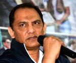 Azharuddin threatens Rs 100 cr defamation over FIR