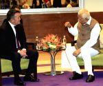 Mongolian President meets Karnataka Governor