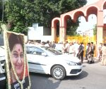Mortal remains of Sushma Swaraj arrives at Lodhi Road crematorium