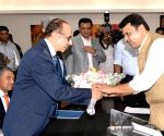 CII delegation meets Maharashtra CM