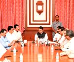 Expedite flood relief, Congress delegation to Fadnavis