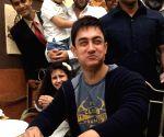 Aamir Khan feasted Hyderabad biryani