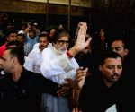 Conflicting reports on Big B's health confuse fans