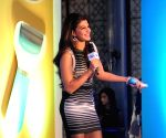 Jacqueline Fernandes launches Scholl Velvet Smooth Express Pedi