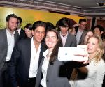 SRK meets Stanford students