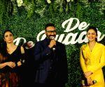 'De De Pyaar De' is Ajay's naughty-at-50 screen shot