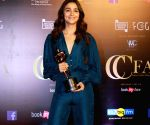 Alia bags award for 'Raazi' again