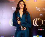 Alia bags award for 'Raaz