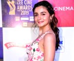 Alia, Ranbir express love at awards show