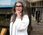 Dimple Kapadia: I am alive and kicking
