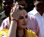 Actor-turned-politician Jaya Prada joins BJP