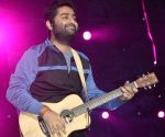 Arjit Singh's new song features 'Bigg Boss 13 duo Asim Riaz and Himanshi Khurana