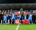 Free Photo: Mumbai beat Bagan 2-0, win League Winners' Shield.