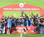 Mumbai beat Bagan 2-0, win League Winners' Shield