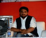 Cong's 'Hardik experiment' aimed at wooing Patels in Gujarat
