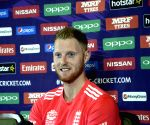 Kohli, Smith make the game look so easy, am a fan: Stokes
