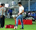 Free Photo: Mumbai face depleted Goa in quest for 1st ISL final (Match Preview).