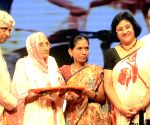 APJ Abdul Kalam, Arundhati Bhattacharya  during a programme
