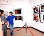 MAHA Governor visits Uddhav Thackeray's photography exhibition