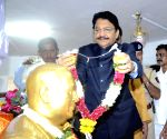 Maharashtra Governor pays tribute to Ambedkar