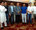 Cine stars call for citizens' participation in making development plan